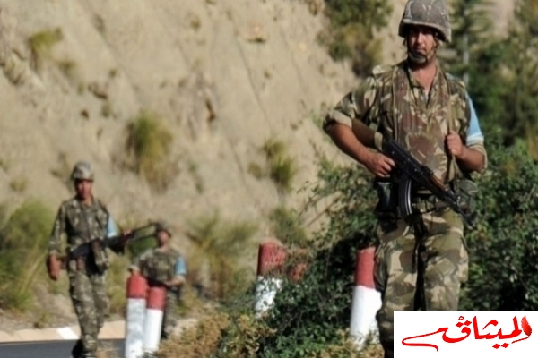 Iالجيش الجزائري يكشف ترسانة حربية في مخبأ سري